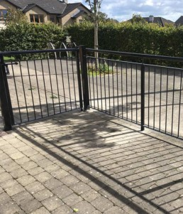 Straight Steel Fence