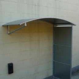 Wall Hung Shelter