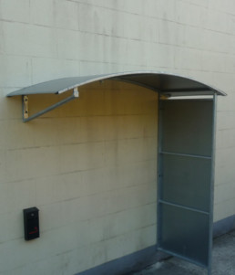 Wall Hung Shelter